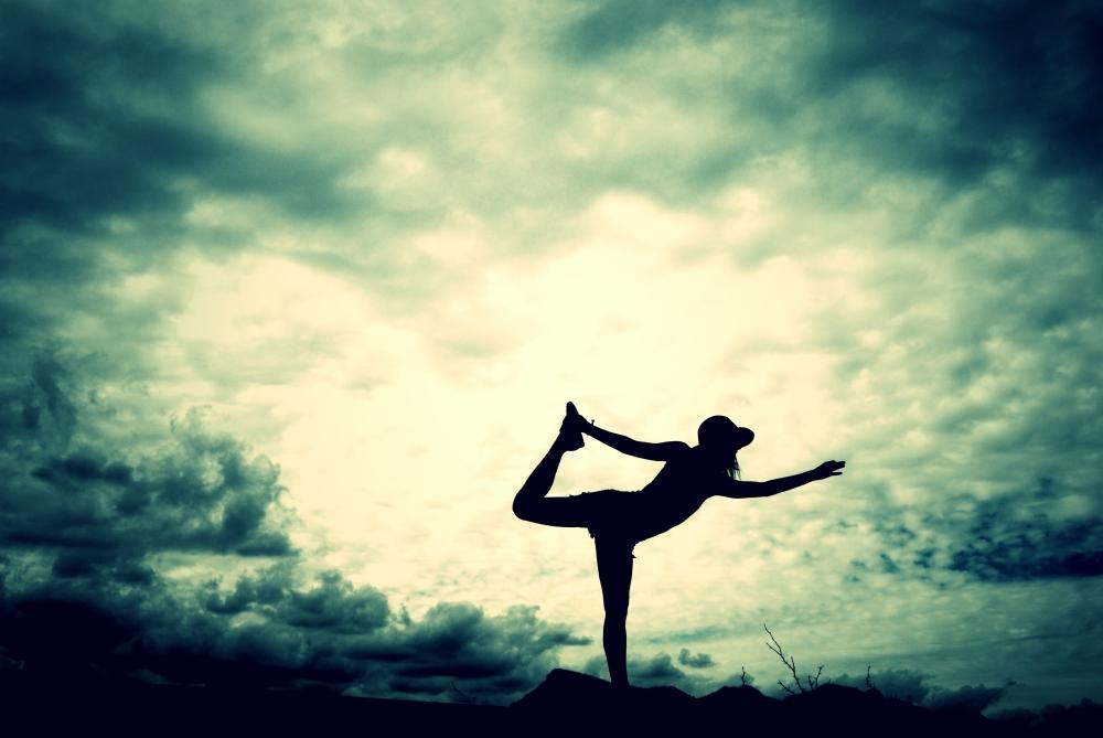 sillouhette yoga